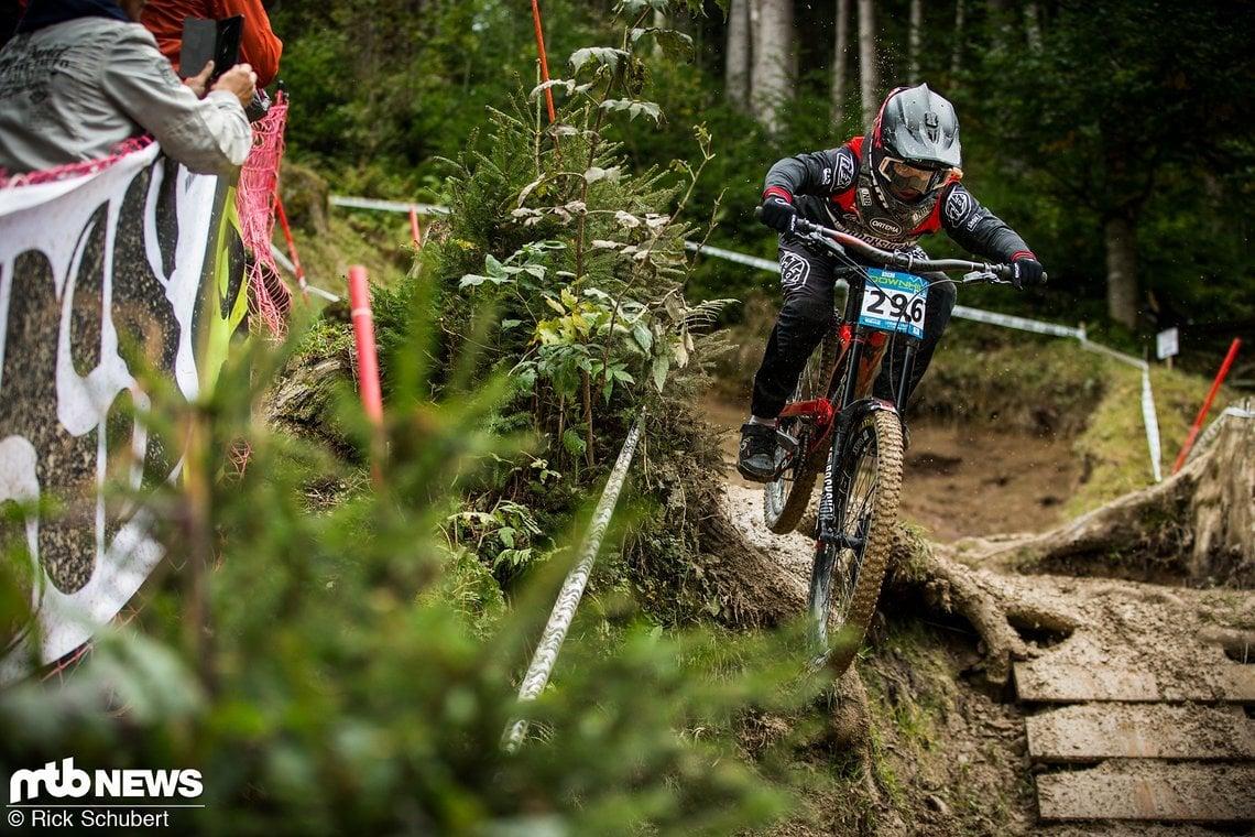 Wir sind gespannt, wie sich Vali Höll nächstes Jahr im Downhill-Weltcup schlagen wird
