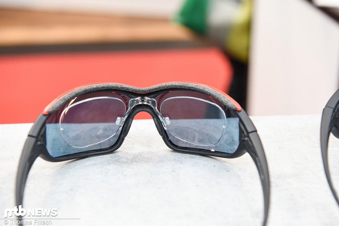 Die universellste Art Korrekturlinsen unterzubringen