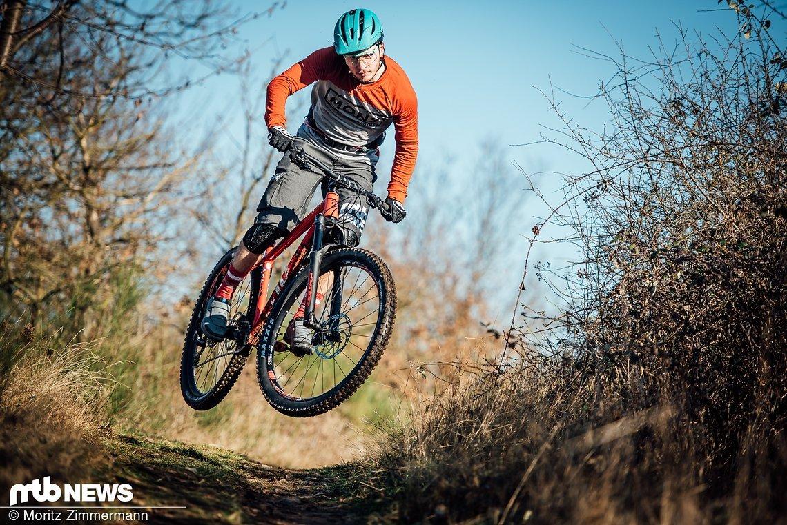 Trail-Hardtails sind im Trend! Zuverlässig, günstig und vor allem sehr spaßig soll die ungefederte Alternative zum Fully sein
