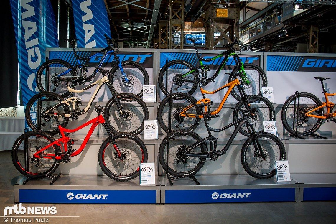Die Schilde-Halle in Bad Hersfeld ist für Giant der perfekte Platz, um nicht nur alle Neuheiten im Mountainbike-Sektor, sondern auch im E-Bike, Rennrad, Trekking und City-Bereich vorzustellen.