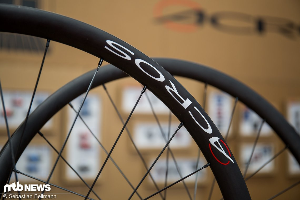 Der neue Acros XC Race Carbon SLS Laufradsatz