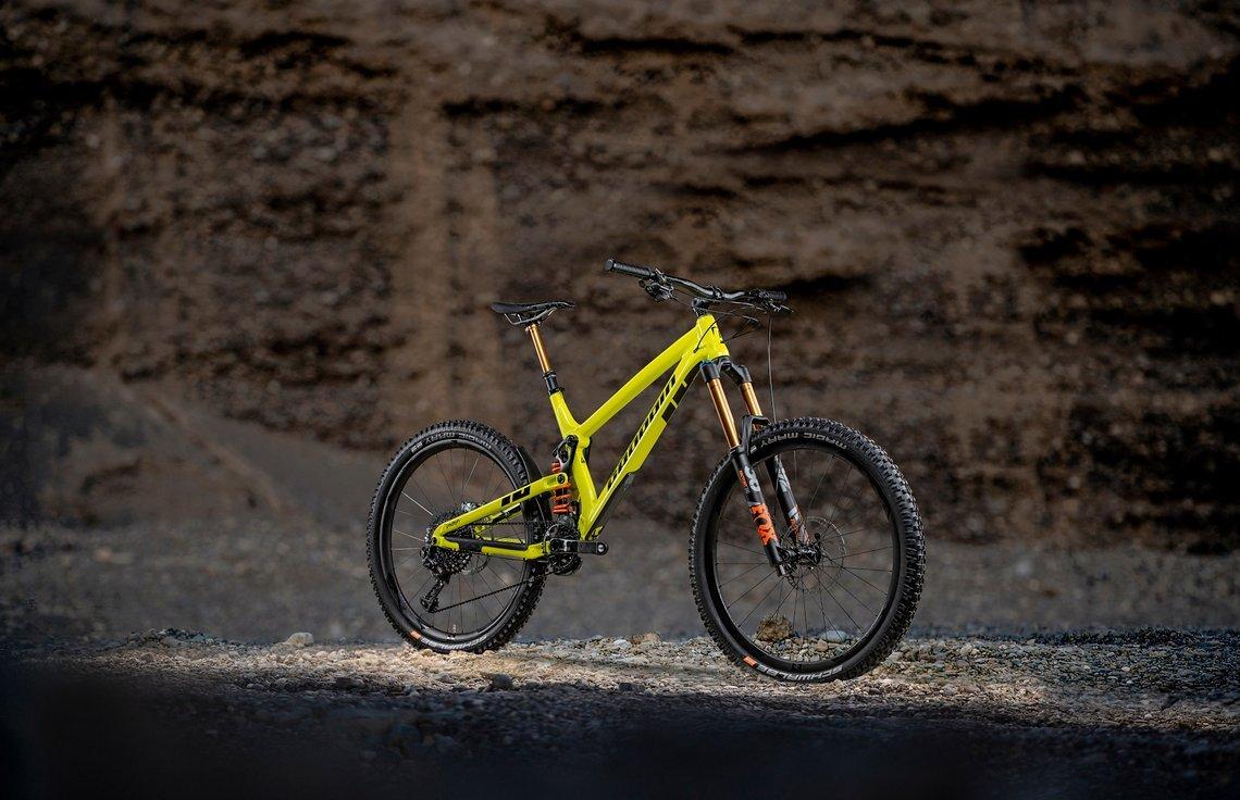 """Das Propain Spindrift verfügt über 180 mm Federweg und rollt auf 27,5"""" großen Laufrädern"""
