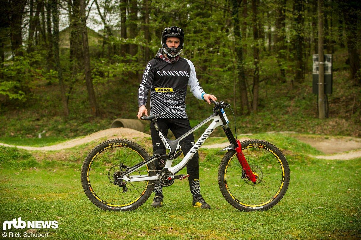 """Auch Troy Brosnans Team-Kollege Mark Wallce war auf einem regulären Canyon Sender mit 27,5"""" Laufrädern in Maribor unterwegs."""