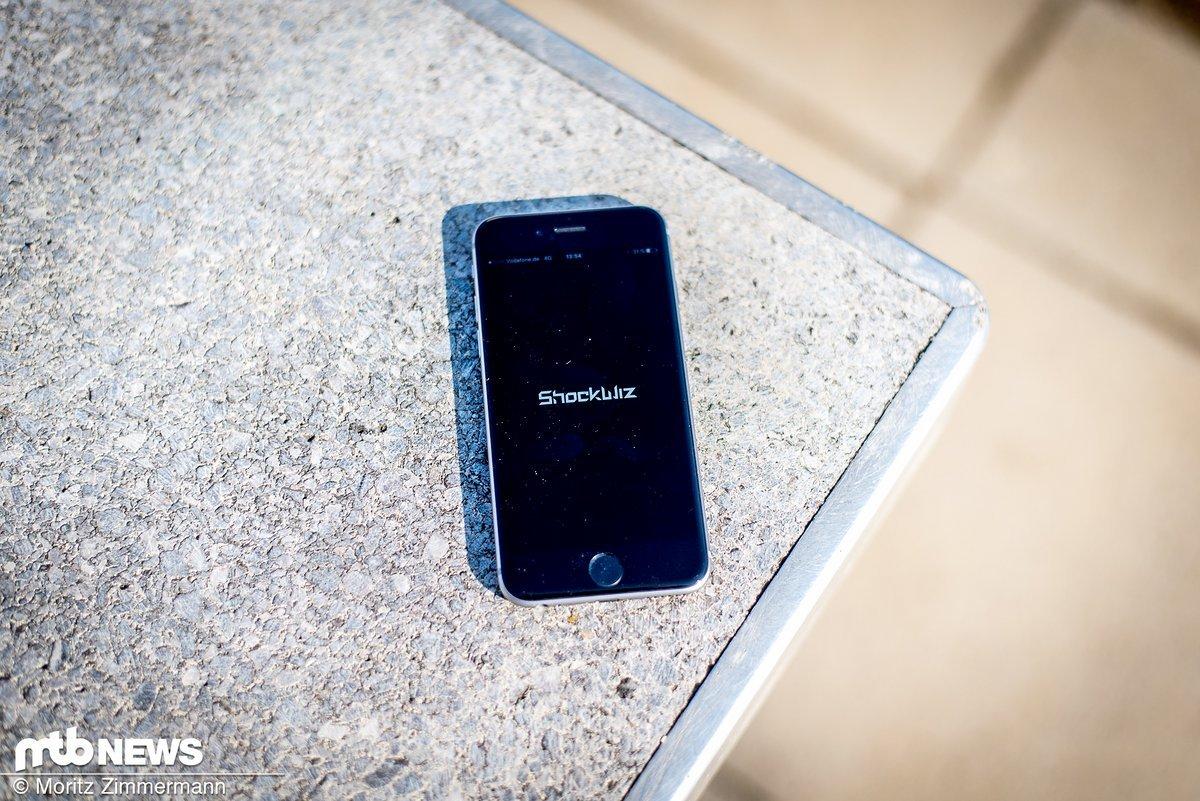 Kalibrierung und Bedienung erfolgen über die kostenlose Smartphone-App