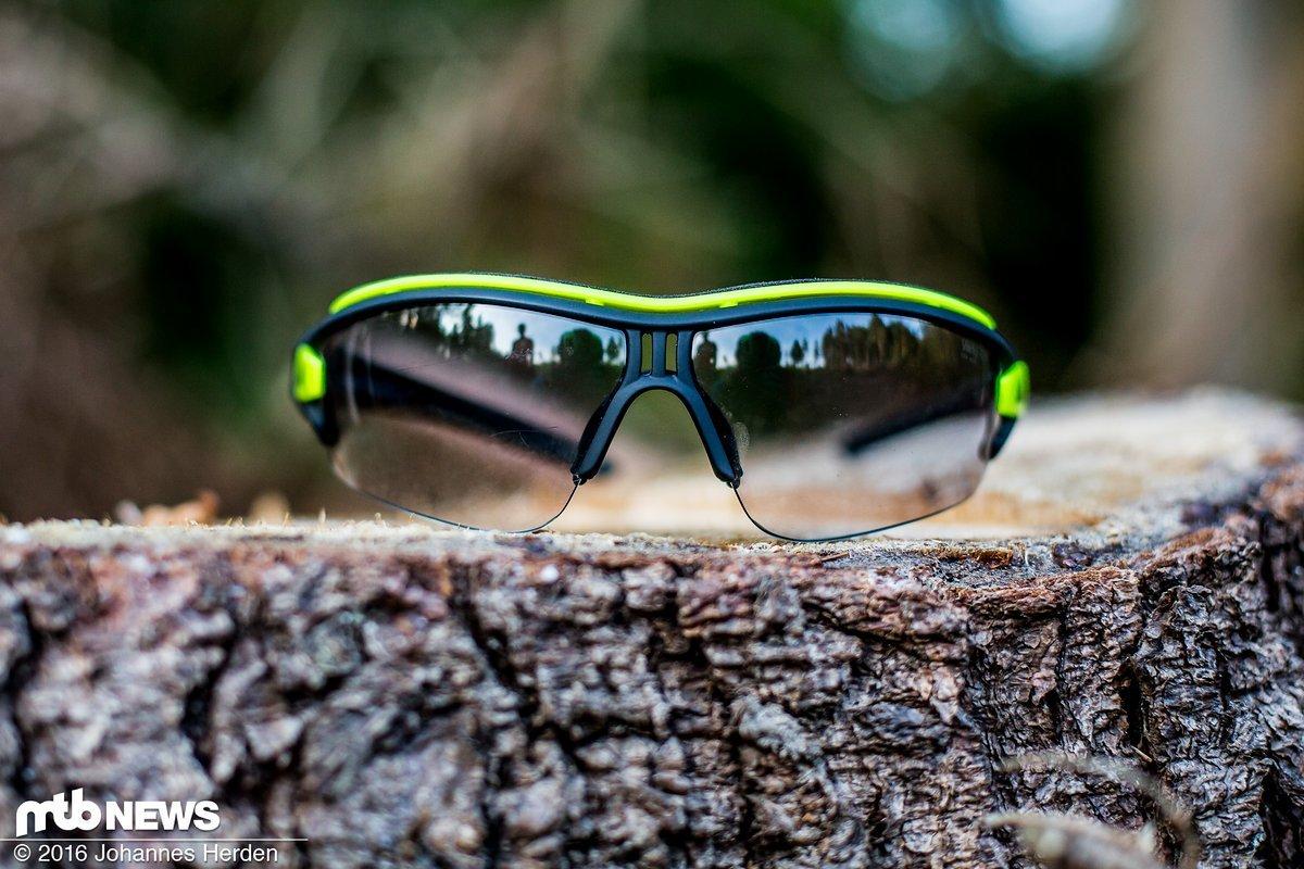 Adidas Evil Eye Halfrim Pro Bikebrille im Test: Grenzenloser