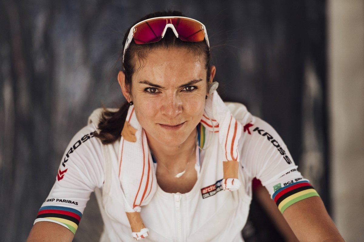 Maja Wloszczowska zuversichtlich vor dem Start zum Weltcupauftakt