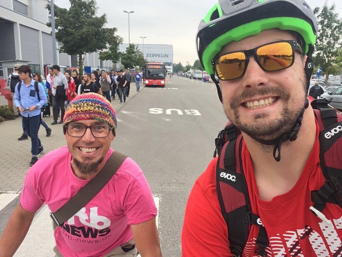 Auf dem Weg zur Eurobike mit der Dampflok