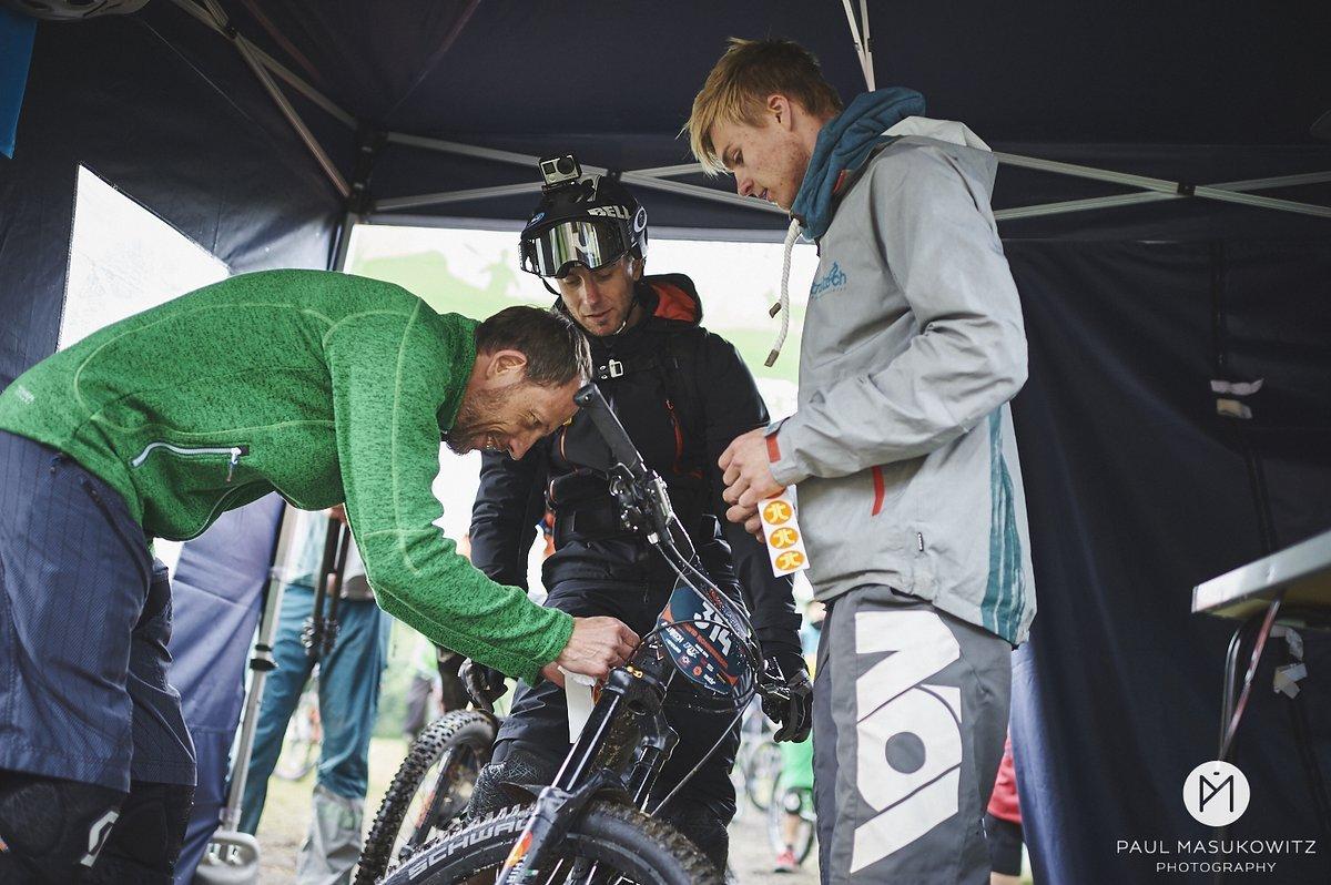 Markierung Bikes vor dem Start