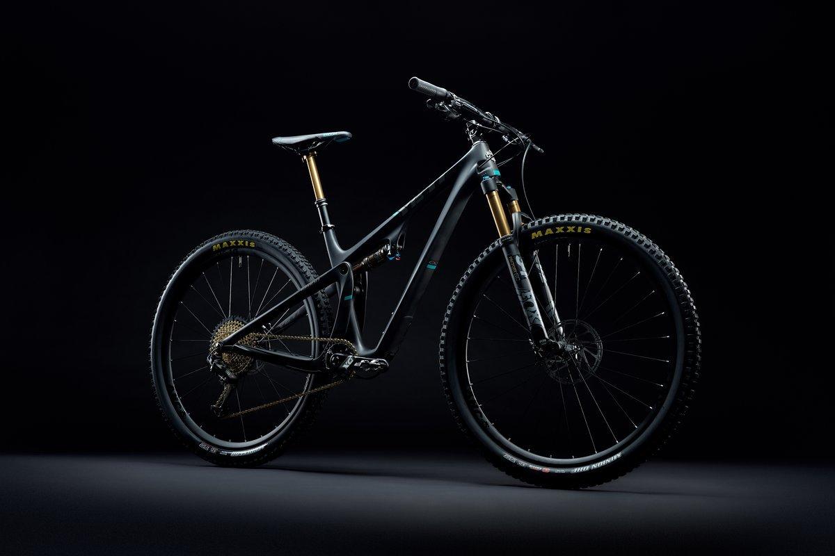 2019 Yeti SB100 TS Black Dark 03