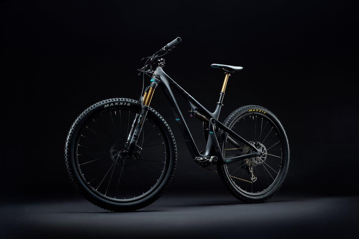 2019 Yeti SB100 TS Black Dark 02