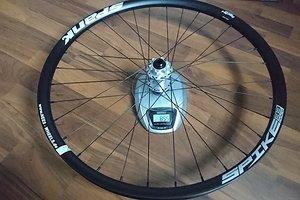 Spank Spike Race33 + Hope Pro4 15mm Vorderrad + Sapim D-Light und Sapim Laser