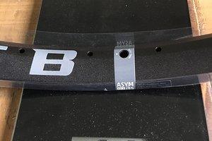 Asym i35
