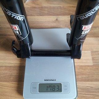 """Gewicht Rock Shox Federgabel Revelation RLT Ti mit 2012er DNA Dämpfung 20mm 26"""", 120-150mm, 1⅛''"""