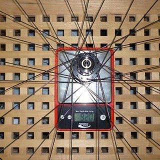 Gewicht DT Swiss Systemlaufräder X 1600 HR, 135mm/QR