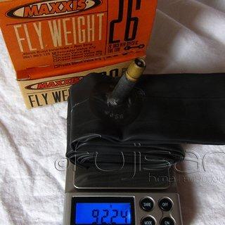 "Gewicht Maxxis Schlauch Flyweight AV/26x1.9-2.125"""