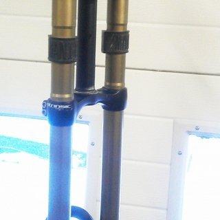 "Gewicht Manitou Federgabel Travis Intrinsic Ti 26"", 180mm, 1-1/8"""