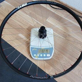 """Gewicht DT Swiss Systemlaufräder 240 EXP Disc IS Custom Hinterrad  29"""" 622x28"""