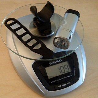 Gewicht Azonic Beleuchtung Adam 8 x 2,5 x 2,5 cm