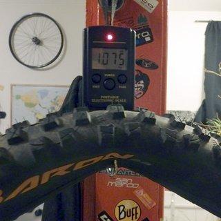 """Gewicht Continental Reifen Der Baron 2.4 26x2,4"""" / 62-559"""