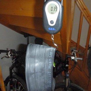 Gewicht Surly Schlauch Toob 26x3.0 - 4.0 Zoll