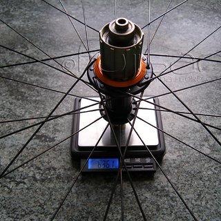 Gewicht Extralite Systemlaufräder UltraHub + ZTR 355 VR, 135mm/QR