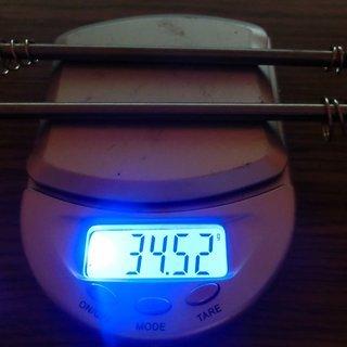 Gewicht Aest Spannachse YQR-05 100mm, 135mm
