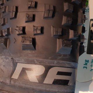 Gewicht Wolfpack Reifen Race MTB TL 2.40 x 27.5