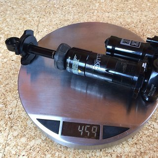 Gewicht Rock Shox Dämpfer Super Deluxe Coil RT Remote Trunnion 205x62,5