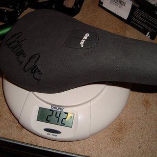 Gewicht Octane One Sattel Pivotal Allround 122 x 221mm