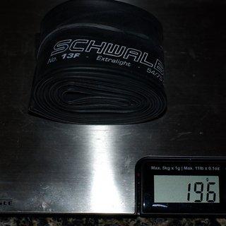 """Gewicht Schwalbe Schlauch SV 13F SV/26x2.1-3.0"""""""