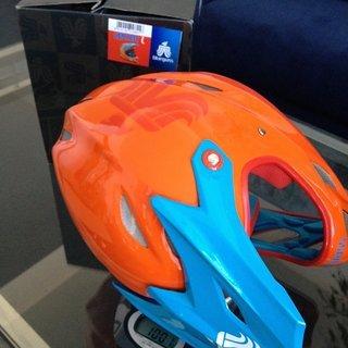 Gewicht Bluegrass Helm Explicit L