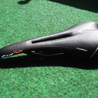 Gewicht Rose Sattel Red X Superlight Carbon 135x275mm