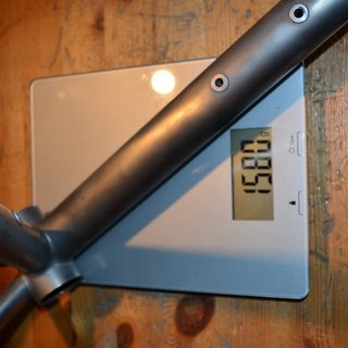 Gewicht Diamondback Hardtail Axis Team Titanium 18""