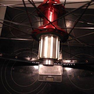 "Gewicht Hope Systemlaufräder RS4 CL - Pacenti CL25 - Sapim D-Light/Race 28"", HR, 142mm/12mm"