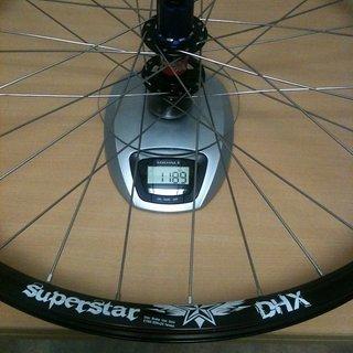 Gewicht Superstar Components Systemlaufräder DHX Wheelset HR, 135mm/10