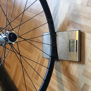 """Gewicht DT Swiss Systemlaufräder E 1650  27,5"""" 15x100mm VR"""