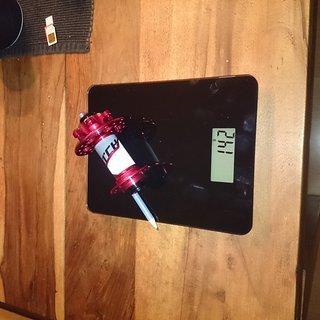 Gewicht Superstar Components Nabe Switch Ultra-Lite Front Hub 100mm/15, 32-Loch