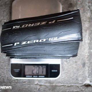 Gewicht Pirelli Reifen Pirelli PZero Race TLR 28-622