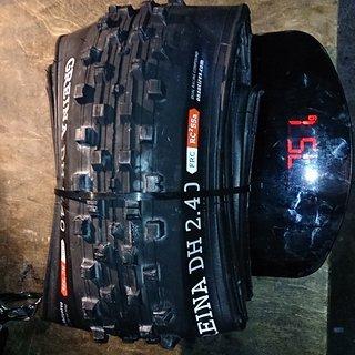 """Gewicht Onza Reifen Greina DH 26x2.4"""" / 60-559"""