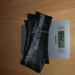 Gewicht Kenda Schlauch Schlauch 27.5 x 2.1/2.35