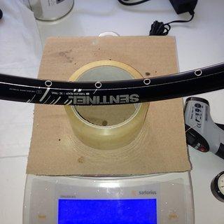 """Gewicht Superstar Components Felge Sentinel XC 26"""" / 559x23 / 32 Loch"""