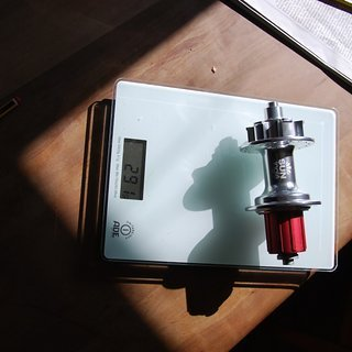 Gewicht SunRingle Nabe Dirty Flea HR 135mm/10, 32-Loch
