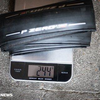 Gewicht Pirelli Reifen PZero Race TLR SL 26-622