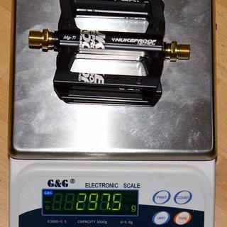 Gewicht Nukeproof Pedale (Platform) Neutron Mag/Ti 98x99x17mm