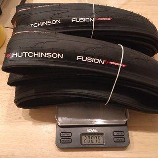Gewicht Hutchinson Reifen Fusion 5 Performance 700-25C, 25-622