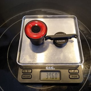 Gewicht No-Name Beleuchtung Enfitnix Xlite 100 Rücklicht