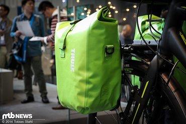 thule 2015 round trip bike travel case. Black Bedroom Furniture Sets. Home Design Ideas