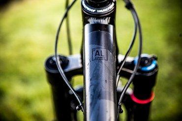 Der Aluminium-Rahmen hat einen neuen Rohrsatz …