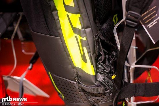 ...sowie eine Handytasche und Straps für die Mitnahme einer Standpumpe sind im Rucksack integriert.