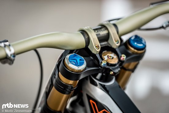 bike-check-aaron-gwin-3296